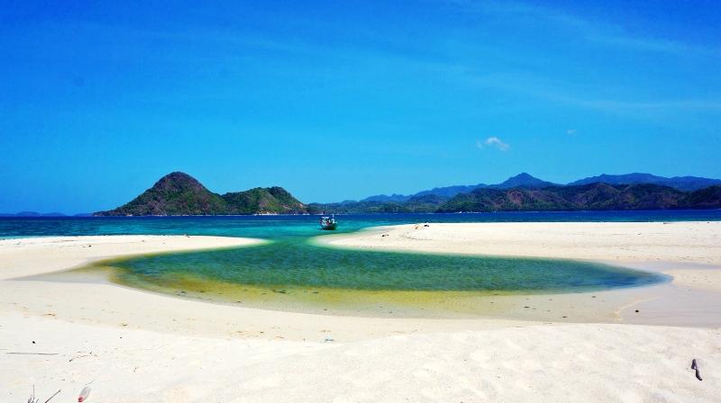 Pulau Noko Selayar di Pulau Bawean Gresik