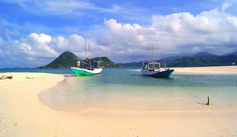 Pulau Bawean Gresik via telusurindonesia