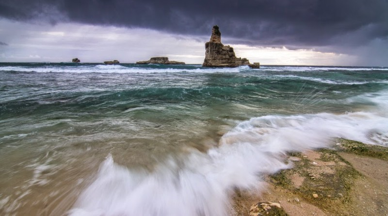 Keindahan Pantai Buyutan Pacitan