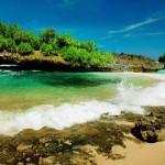 Pantai Srau Pacitan, Gak Kalah Indah dengan Pantai Klayar Nih!