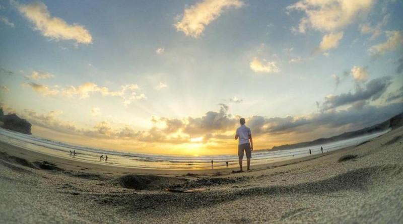 Pantai Serang Blitar by ainurrozig