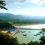 Pantai Teleng Ria Pacitan, Destinasi Wisata Populer di Jawa Timur