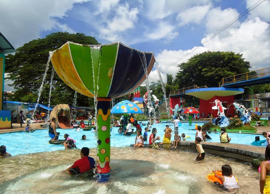 Wisata Keluarga Water Park Sumber Udel Blitar Bisa Bermain Air Sepuasnya Di Sini Reresepan