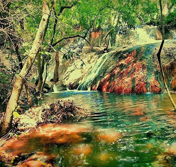 Air Terjun Batu Raja Manitan
