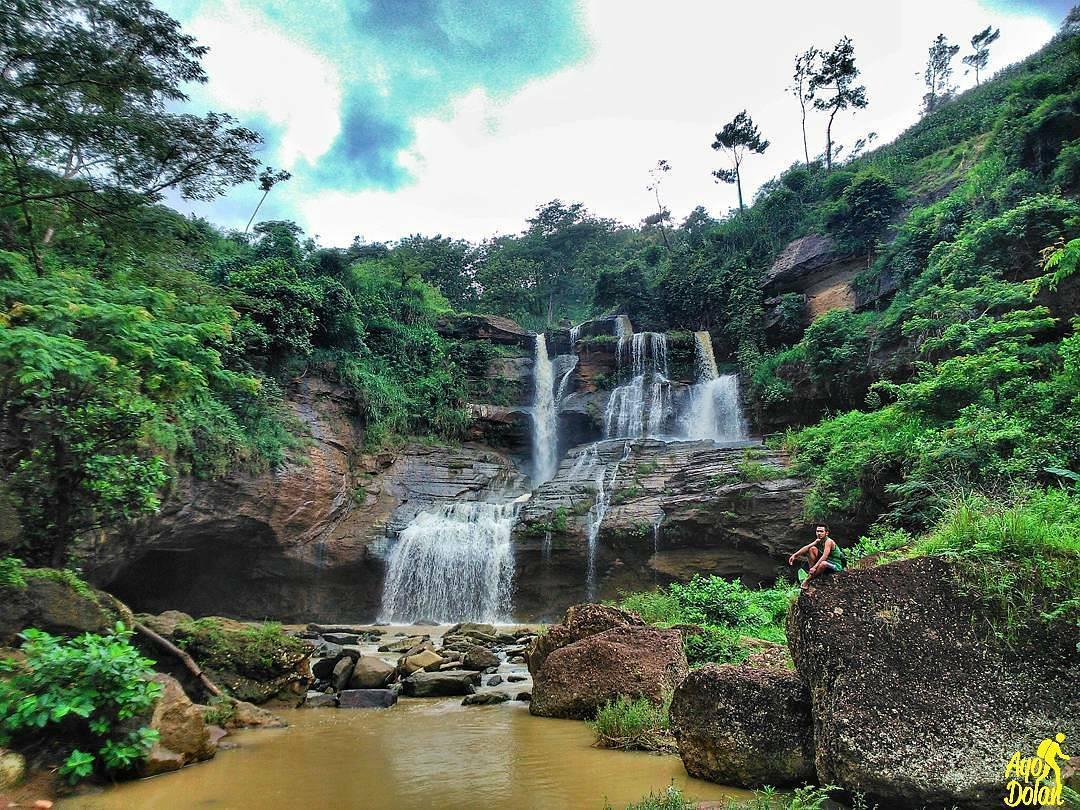 Air Terjun Mlaten Ponorogo