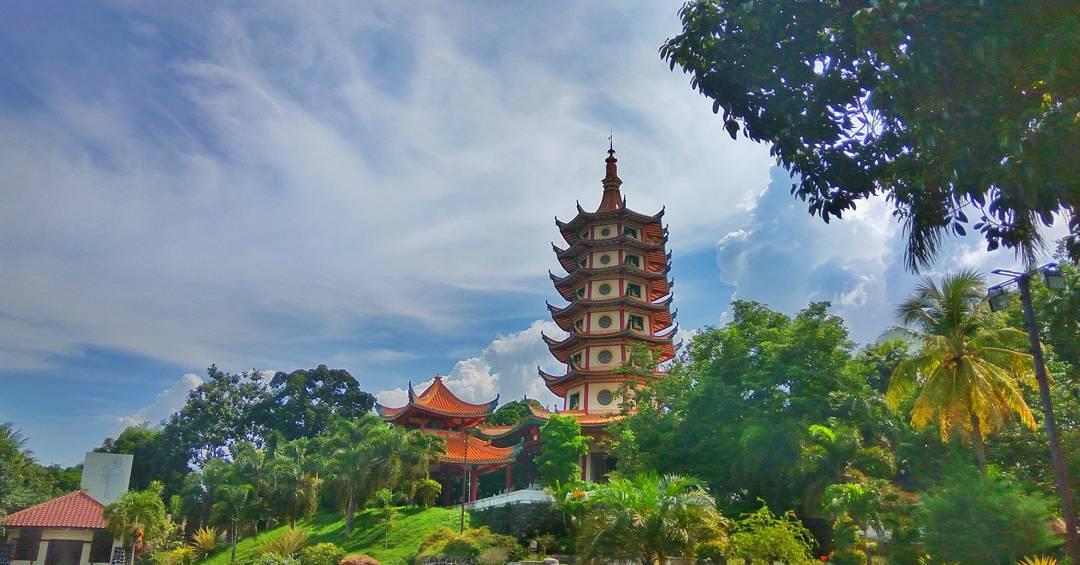 Pagoda Avalokitesvara Buddhagaya Watugong Semarang