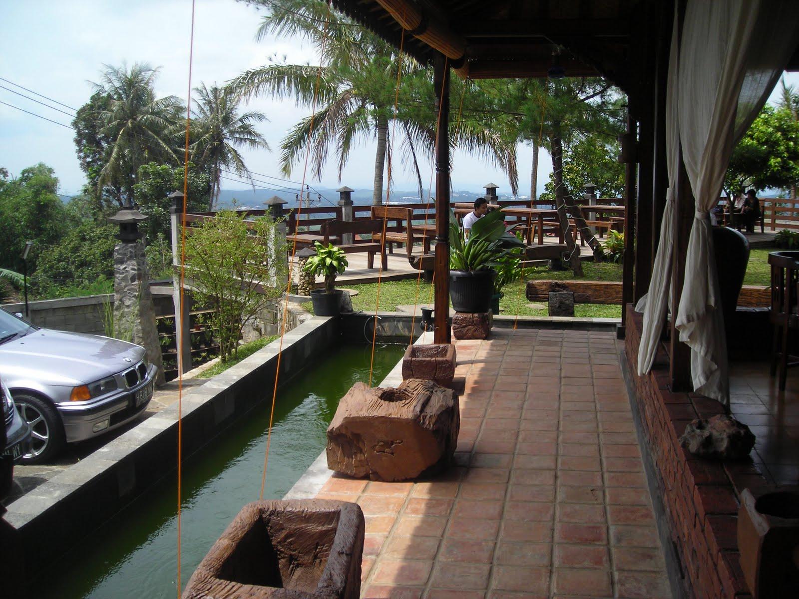 Restoran Joglo Agung Semarang