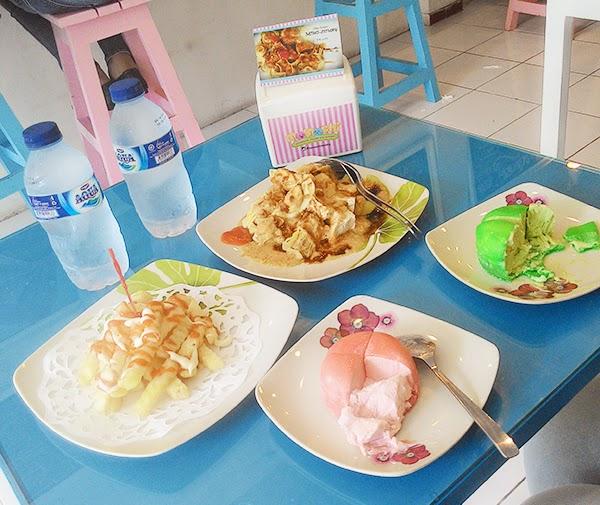 Kafe Momochi Malang