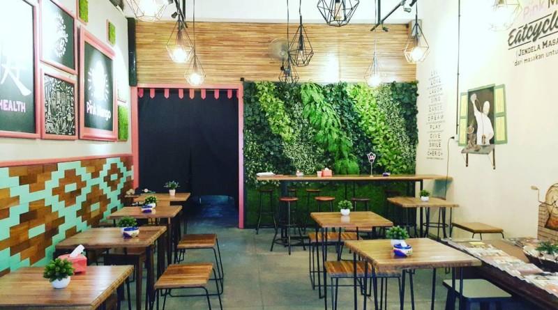Pink Mango Cafe Mojokerto