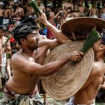 Uniknya Festival Mekare Kare Karangasem, Tradisi Untuk Laki-Laki Bali