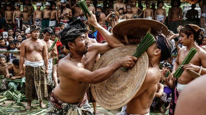 festival mekare kare karangasem