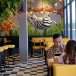 Kafe Dobutzoo Surabaya, Tempat Makan Unik dengan Interior yang Instagramable Abiss