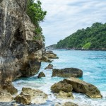 Pantai Atuh Nusa Dua, Pantai Tersembunyi dengan Pemandangan Mengagumkan di Bali