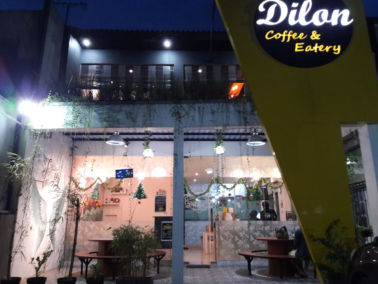 Dilon Coffee Eatery Surabaya