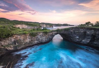 Pantai Pasih Uug Nusa Penida, Broken Beach yang Tak Boleh Dilewatkan di Bali