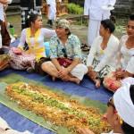 Tradisi Megibung Karangasem, Wujud Kebersamaan dan Nilai Religius Warga Bali