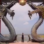 Klenteng Sanggar Agung Kenjeran, Klenteng Megah Tepi Pantai di Surabaya