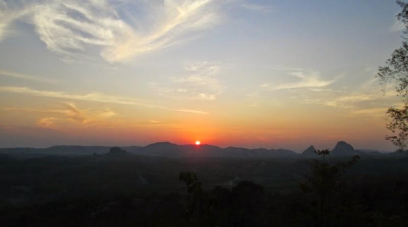 Puncak Bukit Cinta Bojonegoro-2