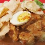 Gado-Gado Arjuno Pak Satumin, Kuliner Gado-Gado Paling Enak di Surabaya