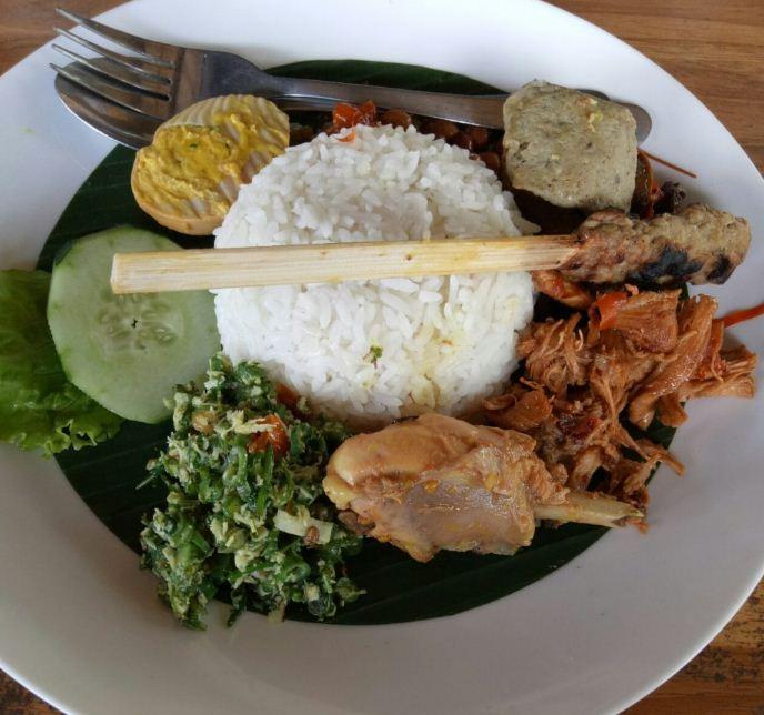 Nasi Ayam Kedewatan Bu Mangku