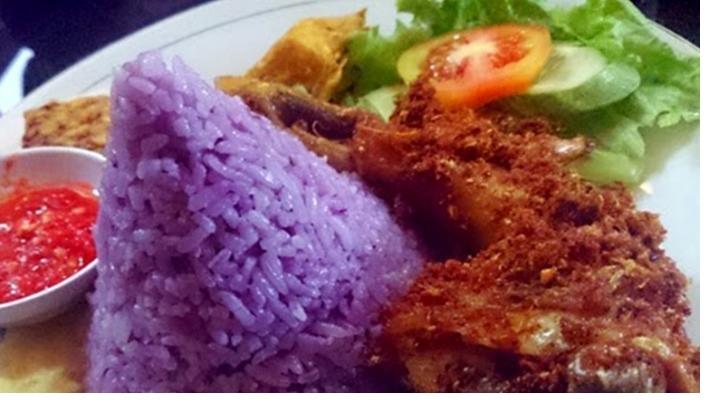 Daya Tarik Restoran Mamih Ungu Sukabumi