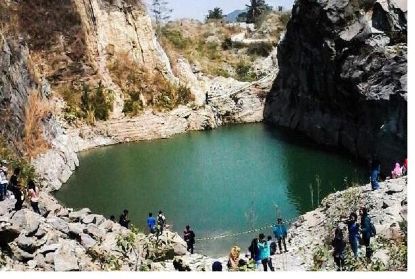 Lokasi Danau Batu Bacan