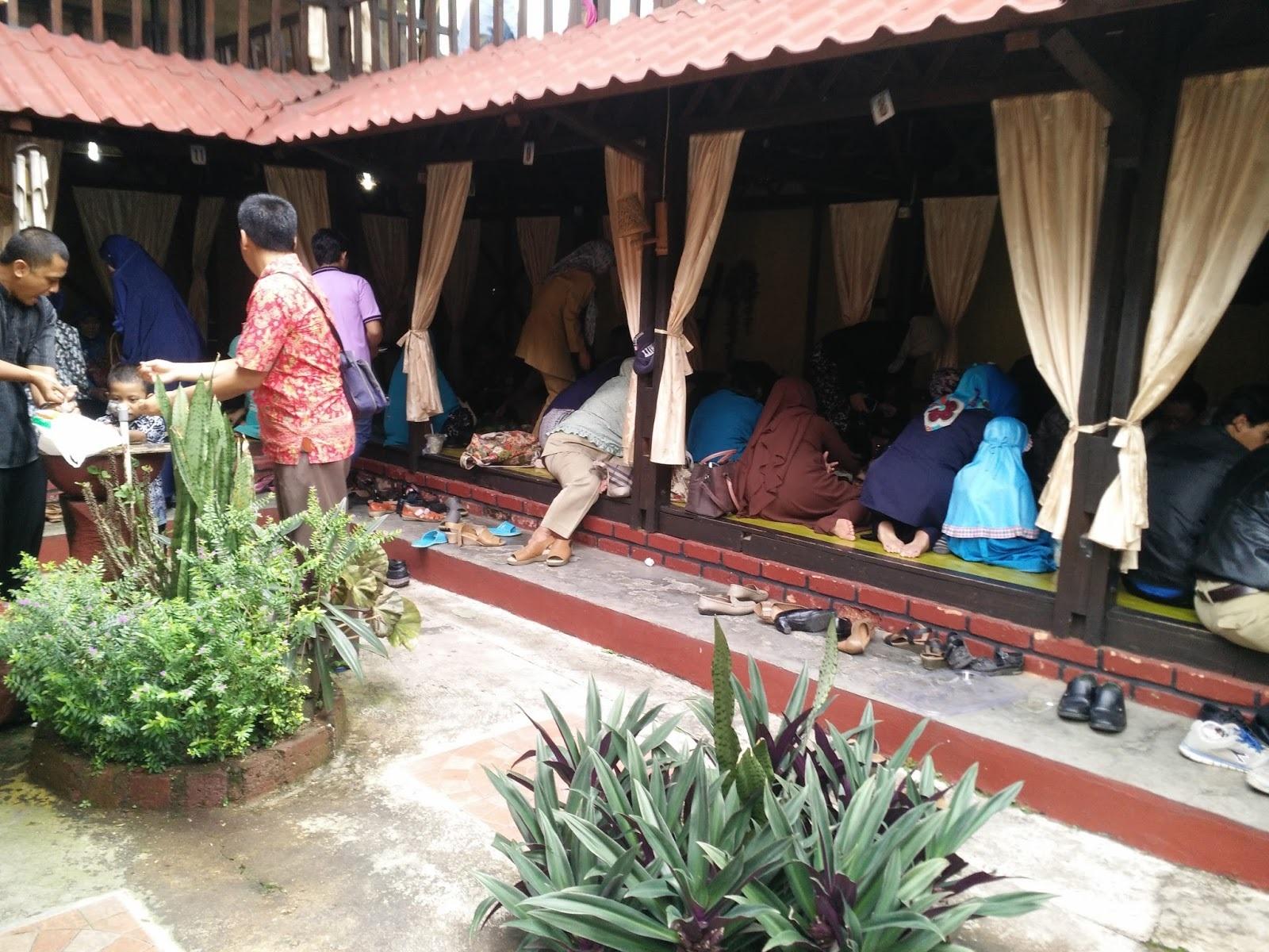 Lokasi Restoran Mamih Ungu Sukabumi