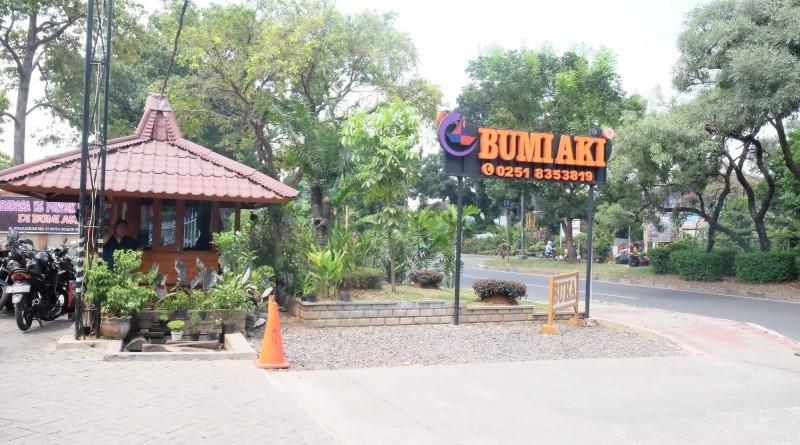 Rumah Makan Bumi Aki, Rumah Makan Sunda Terbaik Di Puncak Cianjur