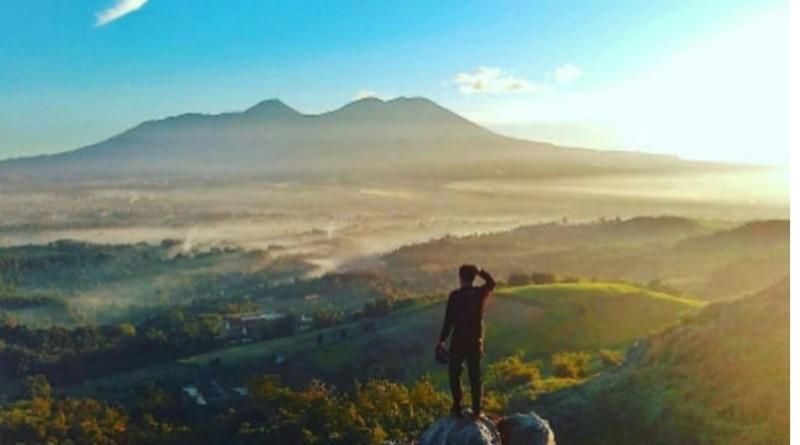 Bukit Karang Numpang, Tempat Untuk Menikmati Panorama Sukabumi
