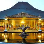 Pura Mangkunagaran Solo, Wisata Bersejarah Berkeliling Istana Megah Bergaya Eropa