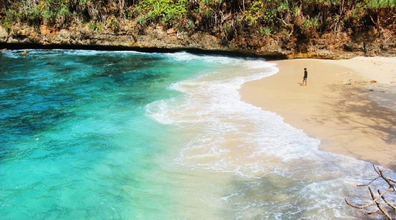 Pantai Banyu Meneng Malang