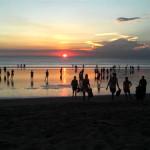 5 Pilihan Aktivitas Wisata yang Bisa Dilakukan di Pantai Kuta Bali