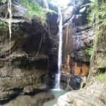 Objek Wisata Curug Sempong Desa Sidamukti Majalengka, Pesona Keindahan Air Terjun Bebatuan Lava Purba
